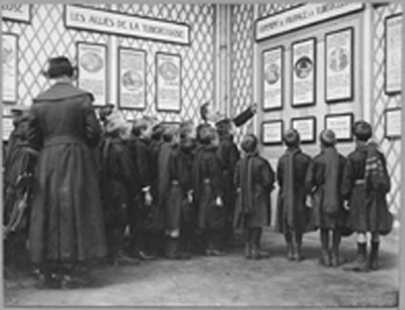 School children listening to lecture on tuberculosis, 1918
